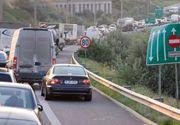 Aglomeratie pe Autostrada Soarelui.  Traficul rutier este foarte intens -  Politistii recomanda rute alternative la A2