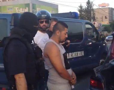 Trei romi, aflati intr-un BMW, au fost batuti mar de un motociclist pe care l-au...