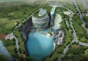 Hotelul de cinci stele construit intr-o cariera de piatra! Are un lac navigabil, cascade spectaculoase si o padure in loc de acoperis