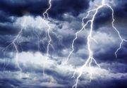 Opt judete, sub cod galben de ploi abundente, descarcari electrice si intensificari ale vantului, in orele urmatoare