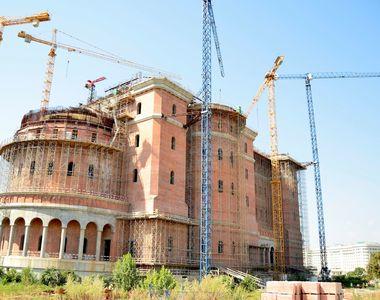 Cum arata acum Catedrala Mantuirii Neamului! In toamna anului viitor ar trebui sa fie...