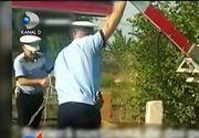 Situatie penibila in Voluntari. A angajat paznic ca soferii sa nu mai forteze o bariera de cale ferata. Ce se intampla daca soferii sunt prinsi in fapt? Mai nimic