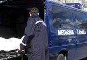 Moarte invaluita in mister la Pitesti. Un barbat de 35 de ani a fost gasit fara suflare in casa