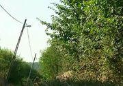 Un stalp de electricitate pune o intreaga comuna in pericol! Ce spun autoritatile