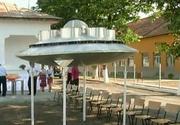 Un inginer din Oltenia a reusit sa reproduca o farfurie zburatoare - Tot satul s-a adunat sa vada minunea, dar cand sa se inalte in vazduh.... - Ce s-a intamplat?
