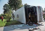 Accident teribil in Satu Mare. Un autocar, cu 36 de pasageri, a acrosat o autoutilitara.