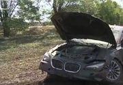 Fiul unui consilier local din Arad a intrat de doua ori cu masina in acelasi copac.