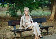 Adevarul din spatele acestei fotografii! La 60 de ani, Mariana, extrem de eleganta, pare ca merge la o piesa de teatru, dar realitatea e cu totul alta