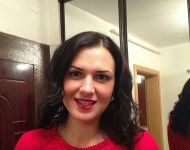 "Ministrul Liviu Pop si-a adus protejata ""multi-tasking"" langa ell! Al treilea..."