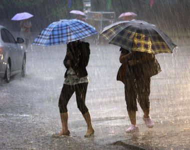ANM: Cod galben de precipitatii pentru 12 judete si partial pentru alte 7. Averse si...