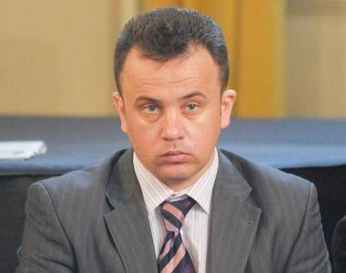 Ministrul Educatiei, Liviu Pop, a interzis in scoli pana si Gazeta matematica! Fost...