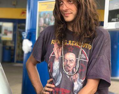 Fiul lui Mircea Dinescu studiaza limba romani si ar vrea sa aiba sange tiganesc