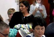 Imagini socante in Parlament, la dezbaterea legii vaccinarii. O mama a aparut la discutii insotita de fiul ei, care ar fi ramas cu probleme de sanatate dupa un vaccin