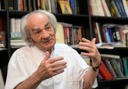 Celebrul neurochirurg Leon Danaila si-a facut muzeu in casa natala! Acum e senator, dar isi incepe ziua operand, desi are 84 de ani