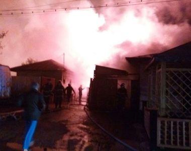 Incendiu puternic la un atelier de tamplarie din Rosiorii de Vede