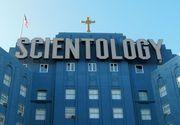 Prima Biserica Scientologica din Romania s-a deschis la Odorheiul Secuiesc! Liderii cultului care-l considera pe Tom Cruise un Mesia, banuiti de sclavie si abuzuri