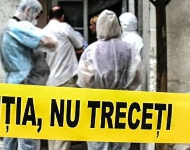 Un barbat de 71 de ani din Piatra Neamt, gasit mort in casa. Pompierii au gasit-o pe...