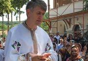 Cristian Pomohaci, chemat sa cante de Craciun! Cine i-a lansat fostului preot, acuzat de coruptie de minori, invitatia sa fie pe scena in zilele sfinte de Sarbatori