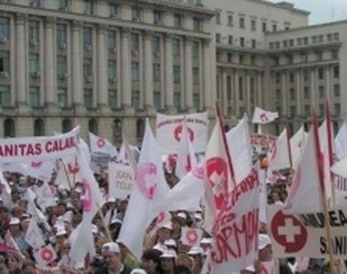 Proteste de amploare al angajatilor din sistemul sanitar, in Bucuresti, dupa ce...