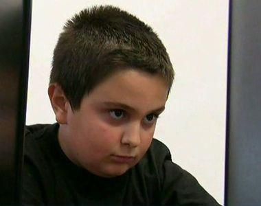 E pasionat de jocurile pe calculator, insa nu se joaca, ci le creeaza! La 9 ani, Matei...