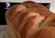 """Un fost fotbalist din Vrancea face cea mai buna paine din oras: """"M-am apucat de framantat, mi-a iesit din prima si de atunci am inceput sa fac paine"""""""