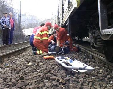 Adolescenta din Timis, acuzata ca si-ar fi impins iubitul din tren in urma unui...