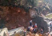 Hunedoara: Unul dintre muncitorii prinsi de un mal de pamant, in timpul executarii unei lucrari la un pod de cale ferata, a murit
