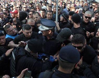 Bataie intre suporterii Dinamo si cei ai echipei Steaua. 19 persoane, saltate si duse...