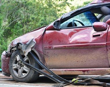 Accident stupid cu un BMW. Politistii au incremenit cand au vazut actele soferului....