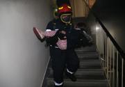 Incendiu urias intr-un bloc din Bucuresti - Peste 50 de persoane au fost evacuate de urgenta - Trei persoane au fost duse la spital