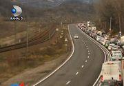 Aglomeratie cum nu s-a mai vazut in Romania! Coloana de masini  de zeci de kilometri in drumul spre munte