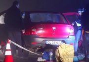 Calarasi: Doi tineri, suspectati ca sunt autostopistii care au injunghiat mortal un barbat si au ranit-o pe sotia acestuia, audiati