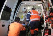 Barbat in stop cardio-respirator dupa ce a fost muscat de un mistret langa o scoala din Arges