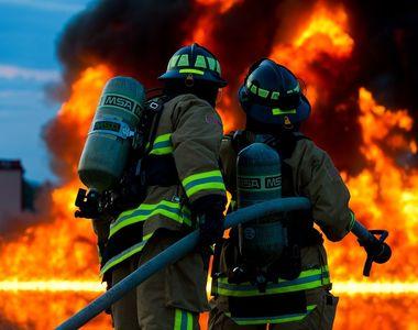 O mama si fiul acesteia au murit, in Galati, in urma unui incendiu izbucnit de la o...