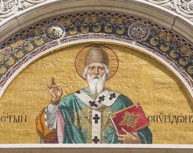 Sfantul Ierarh Spiridon, Episcopul Trimitundei este praznuit in fiecare an pe 12...