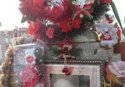 Mariana Sarkany a impodobit bradul la mormantul fiicei ei. Locul de veci al tinerei ucise in incendiu, la Constanta, arata incredibil