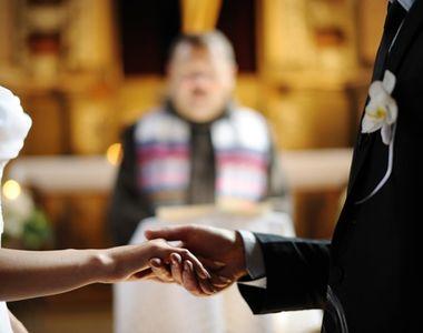 Un albanez care s-a casatorit de conveninenta pentru a sta in Romania a fost amendat cu...