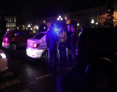 Un politist din Arad a fost ranit cu o maceta in fata unui club