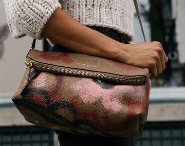 O femeie care isi uitase geanta cu 16.000 de euro intr-un restaurant si-a recuperat...