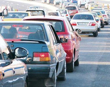 Trafic aglomerat pe Valea Prahovei! Se circula cu 20 de kilometric la ora