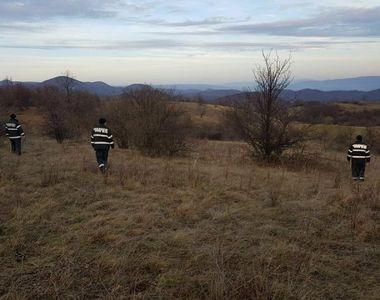 Baietel, dat disparut in Caras-Severin. Zeci de voluntari, alaturi de oamenii legii, il...