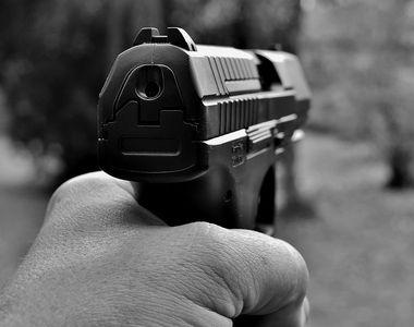 Caras-Severin: Barbat impuscat mortal la o partida de vanatoare