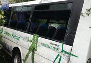 Accident deosebit de grav! 11 morti si 44 de raniti dupa ce un autocar s-a izbit de copacii de pe marginea drumului!