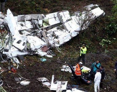 Accident aviatic in urma cu putin timp! Un elicopter s-a ciocnit cu un avion - Din...