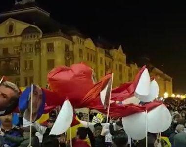Protest antiguvernamental printr-o hora, anuntat in Ziua Micii Uniri in Piata Victoriei...