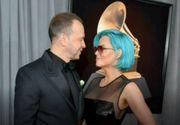 Vedetele internationale s-au intrecut in tinute pe covorul rosu al Premiilor Grammy