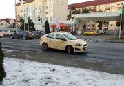 Scene halucinante pe o sosea din Sibiu! O tanara a fost tarata, pe sosea, de taxiul din care coborase