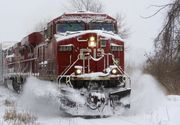 Un tren pe ruta Alexandria – Zimnicea s-a dezintegrat. Calatorii au inghetat de frig