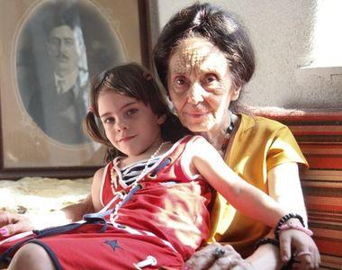 Ce a facut celebra mama Adriana Iliescu, azi, cand scolile au fost inchise!