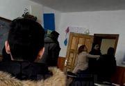 """Scandal intr-un liceu din Suceava! Un elev a fost palmuit si injurat de profesoara de engleza: """"Iesi afara! Nu ai ce cauta la mine la ora"""""""